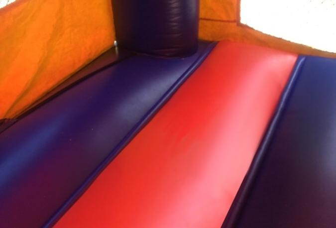 baffle floor of bouncy house
